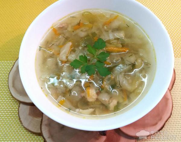 Суп с капустой на курином бульоне фото