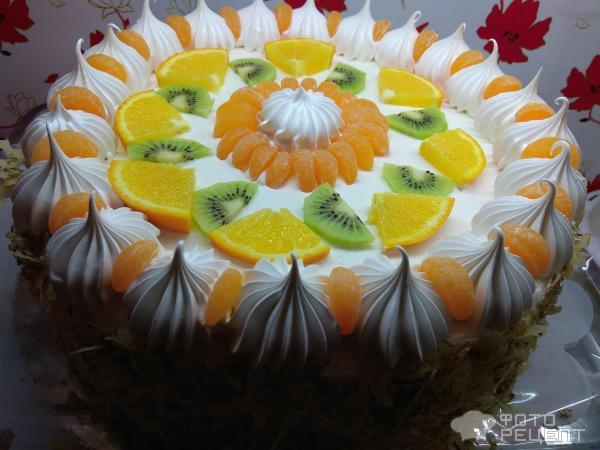 Бисквитный торт на Новый год фото