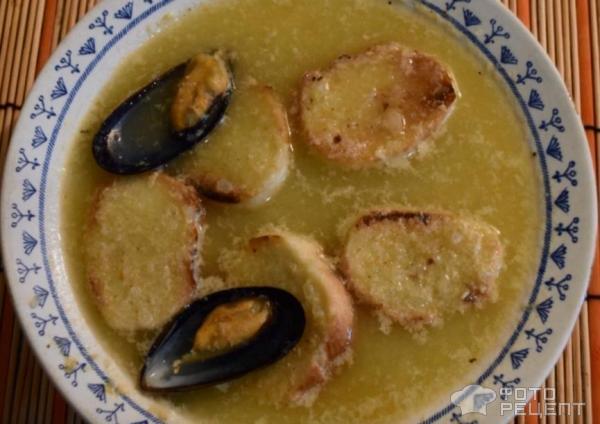 Суп из мидий с необычайным шафраном фото