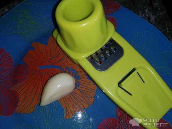Кабачки в кляре с чесночным соусом фото