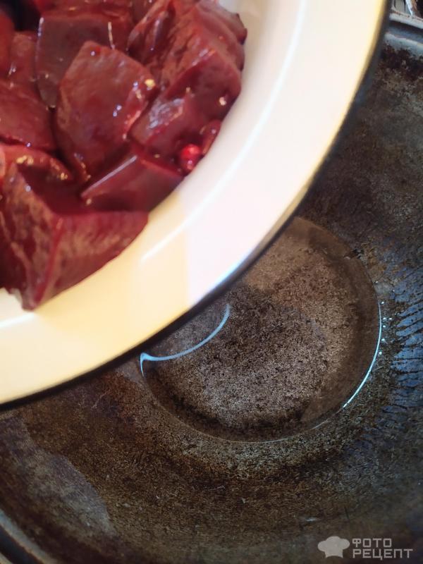 Печень говяжья тушеная фото