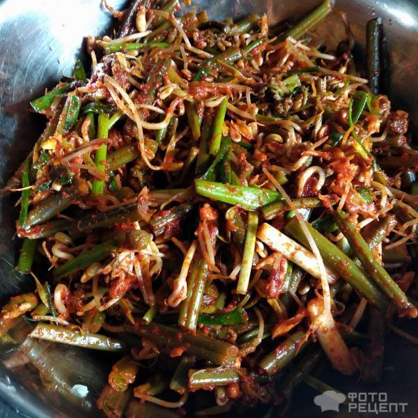 Корейский суп Юккедян фото