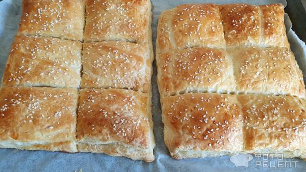 Слоёные пирожки из дрожжевого теста с начинкой