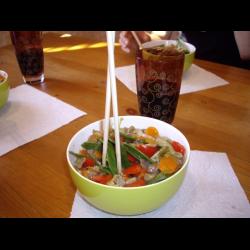 Рецепт: Чап-чой с креветками и зеленым горошком
