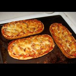 как приготовить пиццу в духовке из батона