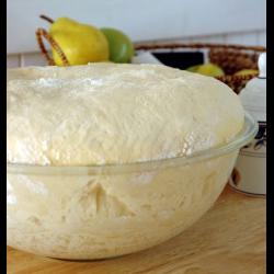 Рецепт: Дрожжевое тесто из холодильника