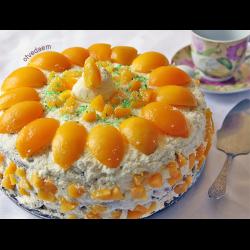 Рецепт: Торт со взбитыми сливками и персиками