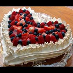Рецепт: Творожно-ягодный торт Валентинка