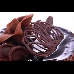 Рецепт: Украшения из шоколада для оформления тортов и пирожных