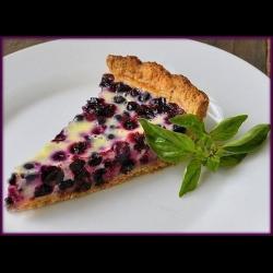 Пирог из песочного теста со смородиной – кулинарный рецепт