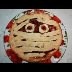 """Рецепт: Пирог """"Мумия"""" на Хэллоуин"""