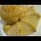 Фото Розовый хлеб с жареным луком и кунжутом