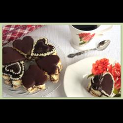 Рецепт: Бисквитное пирожное-валентинка