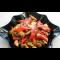 Фото Теплый салат с куриным филе, грибами и перцем