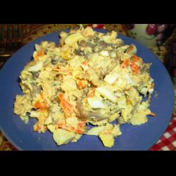 Рецепт: Салат с шампиньонами и курицей