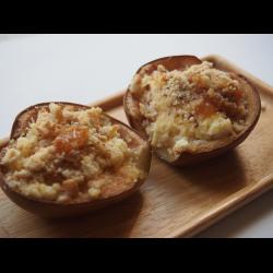 Рецепт: Груши, запеченные в духовке с рикоттой и медом
