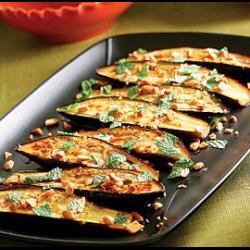 Рецепт: Фаршированные баклажаны с сыром
