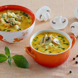 Рецепт: Сырный суп с шампиньонами и макаронами