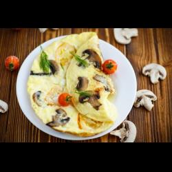 Рецепт: Яичница с грибами и зеленым луком