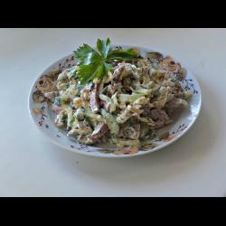 Рецепт: Салат из яичных блинчиков