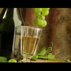 Рецепт: Ликер из белого винограда