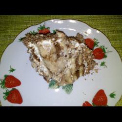 Рецепт: Торт из пряников со сметаной и бананами