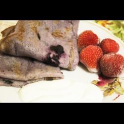 Рецепт: Блины из черной смородины
