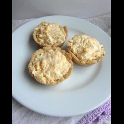 Рецепт: Корзинки из песочного теста с пикантной закуской