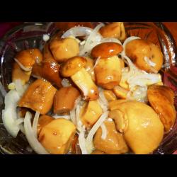 Рецепт: Маринованные польские грибы