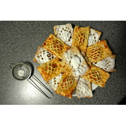 Рецепт: Слойка с консервированными абрикосами