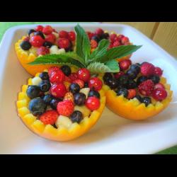 Рецепт: Фруктовый салат с ягодами