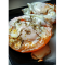 Фото Яичница в помидоре на скорую руку