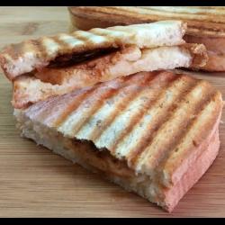 Рецепт: Сладкие горячие бутерброды