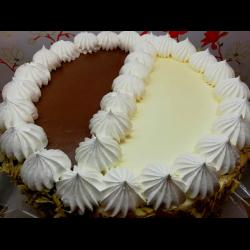 """Рецепт: Торт бисквитный """"Белое и черное"""""""
