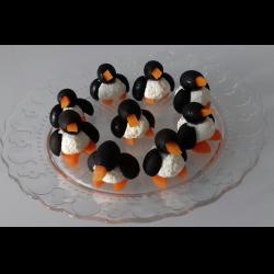"""Рецепт: Новогодняя закуска """"Пингвинчики"""""""