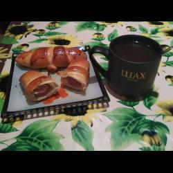 Рецепт: Булочка с сосиской