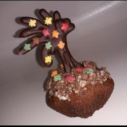 """Рецепт: Кексы """"Осенний сад"""" с шоколадными украшениями"""