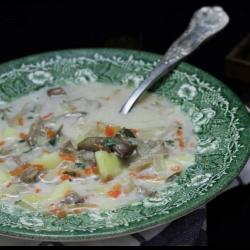 Рецепт: Суп из вешенки с картофелем