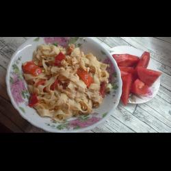 """Рецепт: Макароны """"По-флотски с куриным филе, болгарским перцем и помидорами"""""""