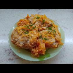 Рецепт: Ежики в сметанно томатном соусе