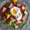 Фото Теплый салат с копченостями