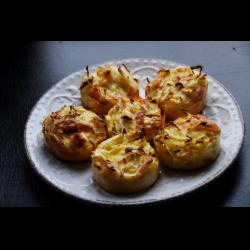 Рецепт: Закусочные маффины с капустой и беконом