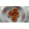 Фото Сырники творожные с манкой, изюмом и орехами