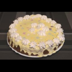 Рецепт: Торт домашний с кремом из сгущенного молока с маслом и с безе