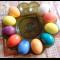 Фото Окрашивание пасхальных яиц