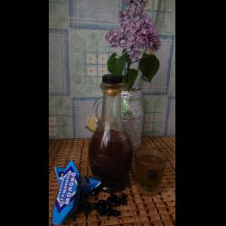 """Рецепт: Настойка на кедровых орешках """"Кедровушка"""""""