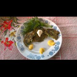 Рецепт: Оладьи из салатных листьев